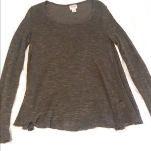 Olive mossimo long sleeve top
